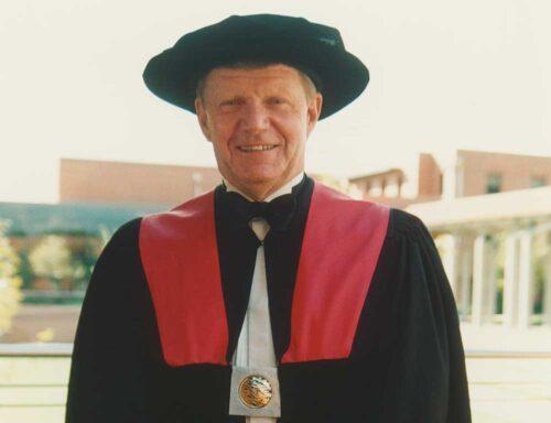 Professor John Maloney, Vice-Chancellor, Curtin University of Technology, 1988–1997
